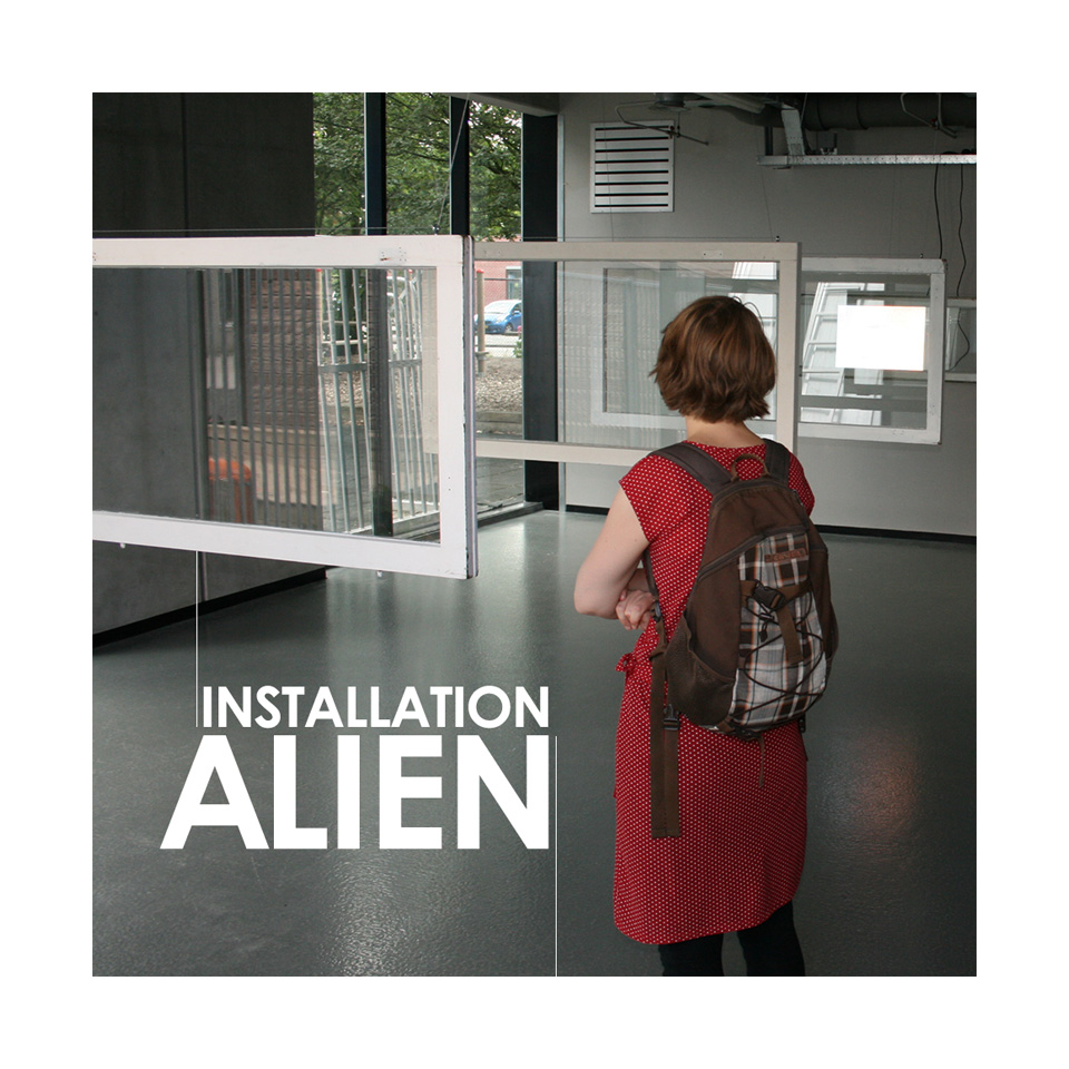 nothingblank-installation-participation-exposition-alien