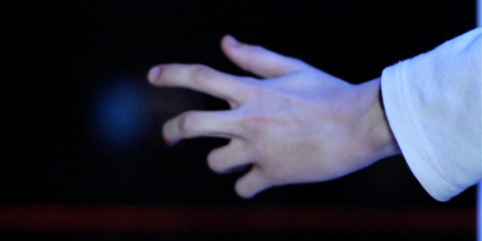 nothingblank-interactive-design-installation-sounds-gestures-real-time